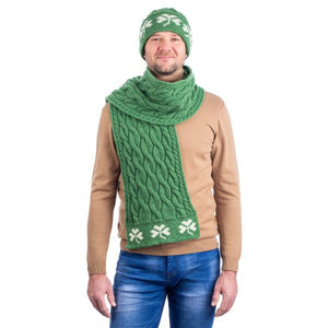 Cable Knit Shamrock Scarf