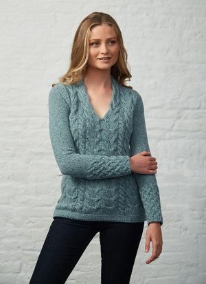 Horseshoe Cable V Neck Sweater - Ocean Mist
