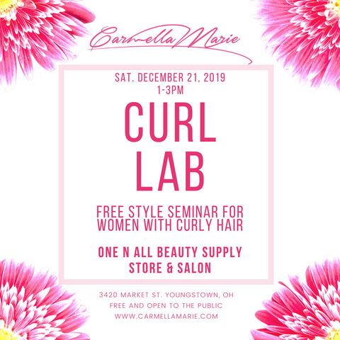 Event for women with naturally curly hair presenting products for curly hair