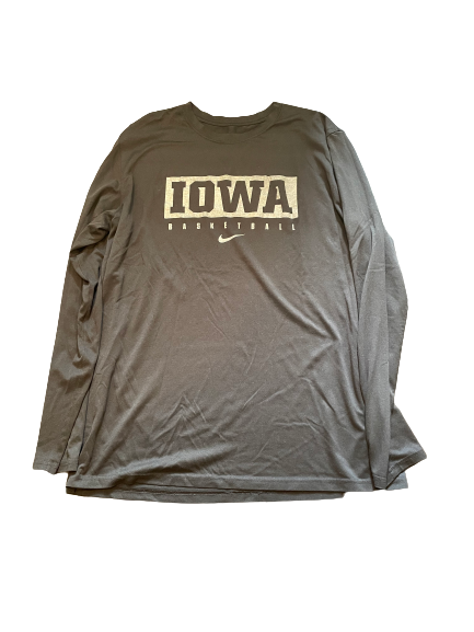 Luka Garza Iowa Basketball Team Issued Long Sleeve Workout Shirt (Size XLT)