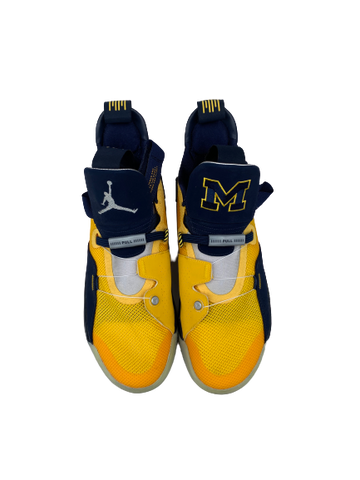 Kayla Robbins Michigan Player Exclusive Air Jordan XXXIII Sneakers (Size 9.5 men)