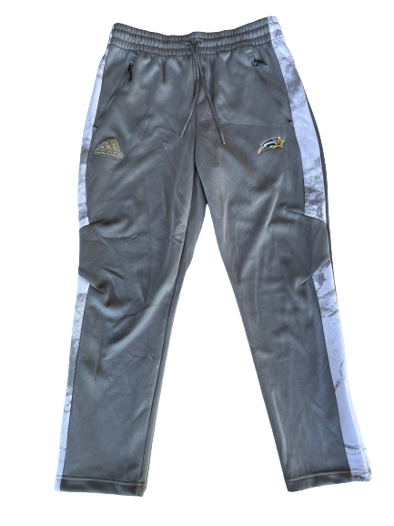 Jack Tempchin George Mason Travel Sweatpants (Size M)
