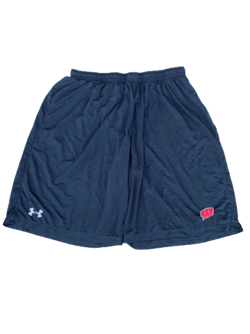 Zach Hintze Wisconsin Team Issued Workout Shorts (Size XL)