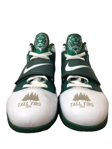 E.J. Singler Oregon Player Exclusive Tall Firs Game Worn Shoes (Size 12.5)