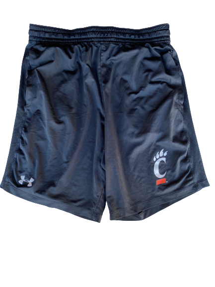 Jarron Cumberland Cincinnati Under Armour Shorts (Size L)