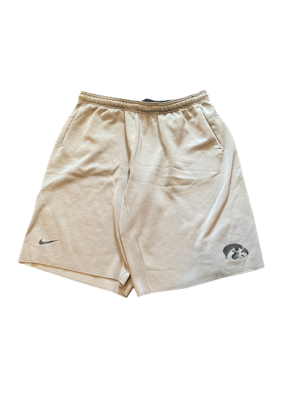 Luka Garza Iowa Basketball Team Exclusive Sweat Shorts (Size XXL)