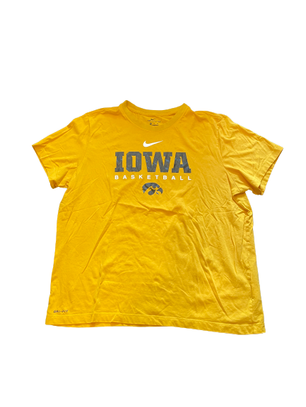 Luka Garza Iowa Basketball Team Issued T-Shirt (Size XXL)