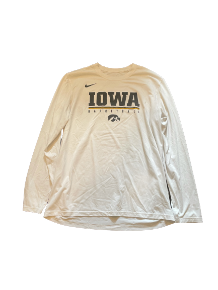 Luka Garza Iowa Basketball Team Issued Long Sleeve Workout Shirt (Size L)