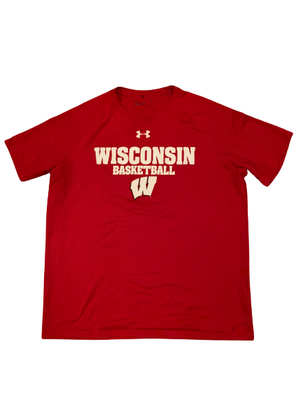 Nate Reuvers Wisconsin Basketball Team Issued T-Shirt (Size L)