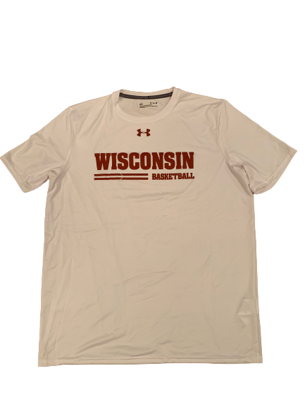 Nate Reuvers Wisconsin Basketball Team Issued T-Shirt (Size XL)