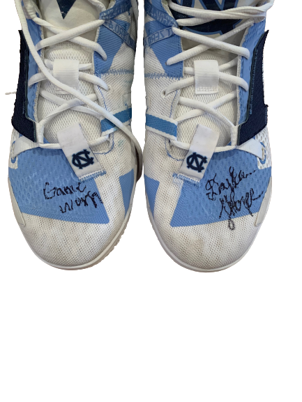 Day'Ron Sharpe North Carolina Basketball Player Exclusive Signed Game Worn Shoes (Size 16)