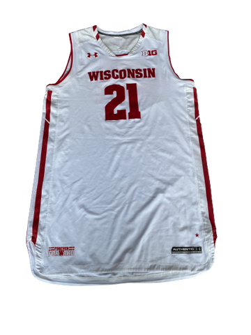 Khalil Iverson Signed Wisconsin Game Worn Jersey