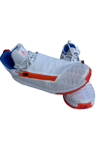 Kerry Blackshear Jr. Florida Basketball Player-Exclusive Sneakers (Size 15)