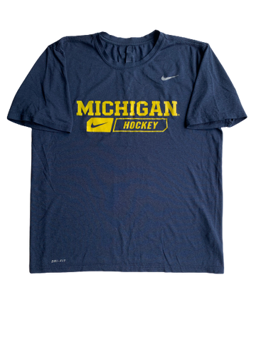 Brendan Warren Michigan Hockey Nike T-Shirt With Number on Back (Size L)