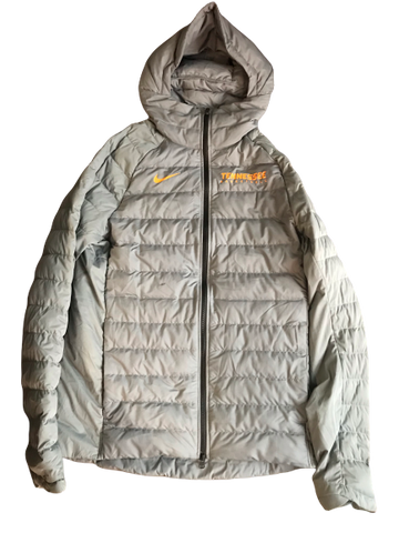 Lamonte Turner Tennessee Basketball Exclusive Winter Coat (Size LT)