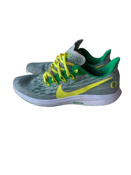 Shakur Juiston Oregon Ducks Nike Air Zoom Pegasus 36 Green Running Shoes (Size 12)
