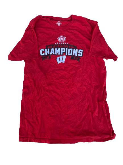"Cristian Volpentesta Wisconsin Football Team Issued ""2018 Pinstripe Bowl Champions"" Shirt (Size L)"