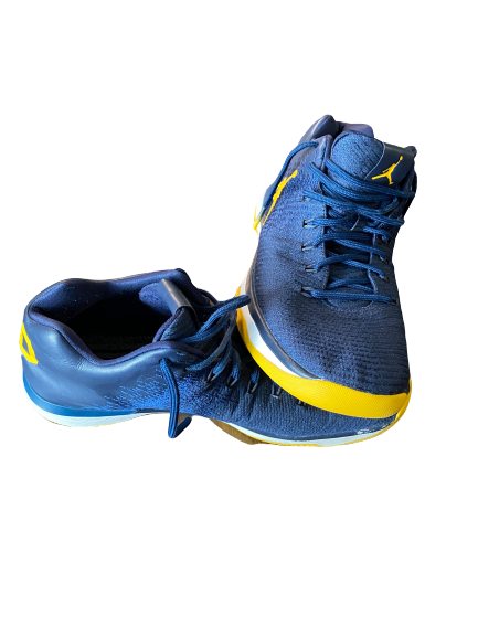 Derrick Walton Jr. Michigan Basketball 2016-2017 Game Worn Shoes