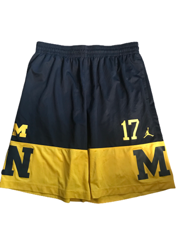 Tyrone Wheatley Jr. Michigan Team Issued 2017 Advocare Classic Pre-Game Shorts (Size XXL)