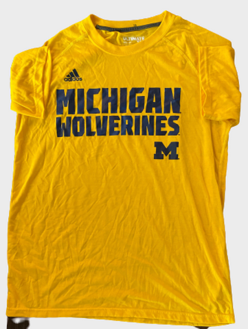 Derrick Walton Jr. Michigan Team Issued T-Shirt (Size L)