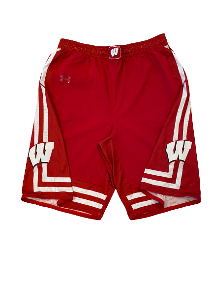 Khalil Iverson Wisconsin Basketball 2016 Season Game-Worn Shorts (Photo Matched) (Size XL Length +2)