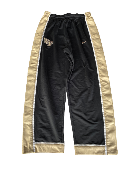 L.D. Williams Wake Forest Team Exclusive Pre-Game Snap-Off Sweatpants (Size XL)