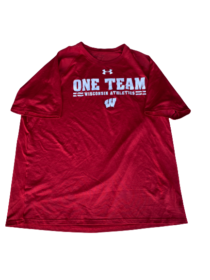 Mason Stokke Wisconsin Football Under Armour T-Shirt (Size XL)