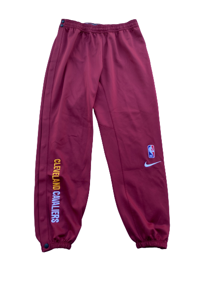Charles Matthews Cleveland Cavaliers Team Exclusive Snap-Off Pre-Game Warm-Up Sweatpants (Size L)