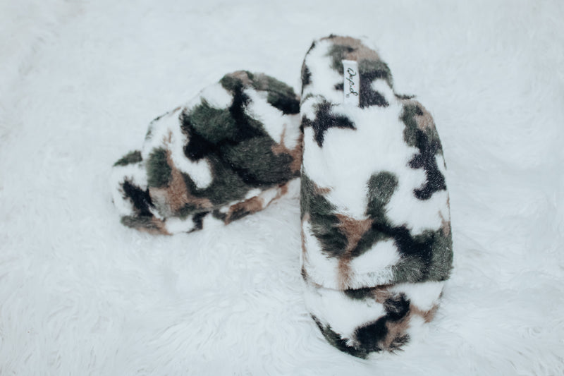 Furry Camouflage slippers (indoor/outdoor)