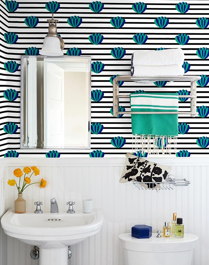 Lotus Stripe Wallpaper - Onyx
