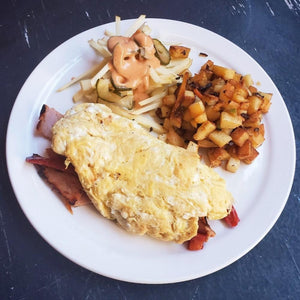 Breakfast omelette with peameal bacon and potatos - Le Petit Dejeuner