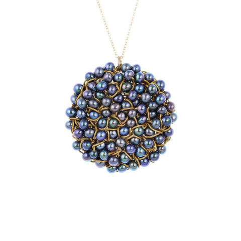 DISC.pendant:  large   blue.PEARLS