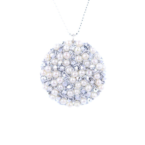 DISC.pendant:  large   white:PEARLS
