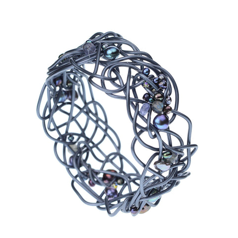 NEST.bracelet  GRAY with pearls