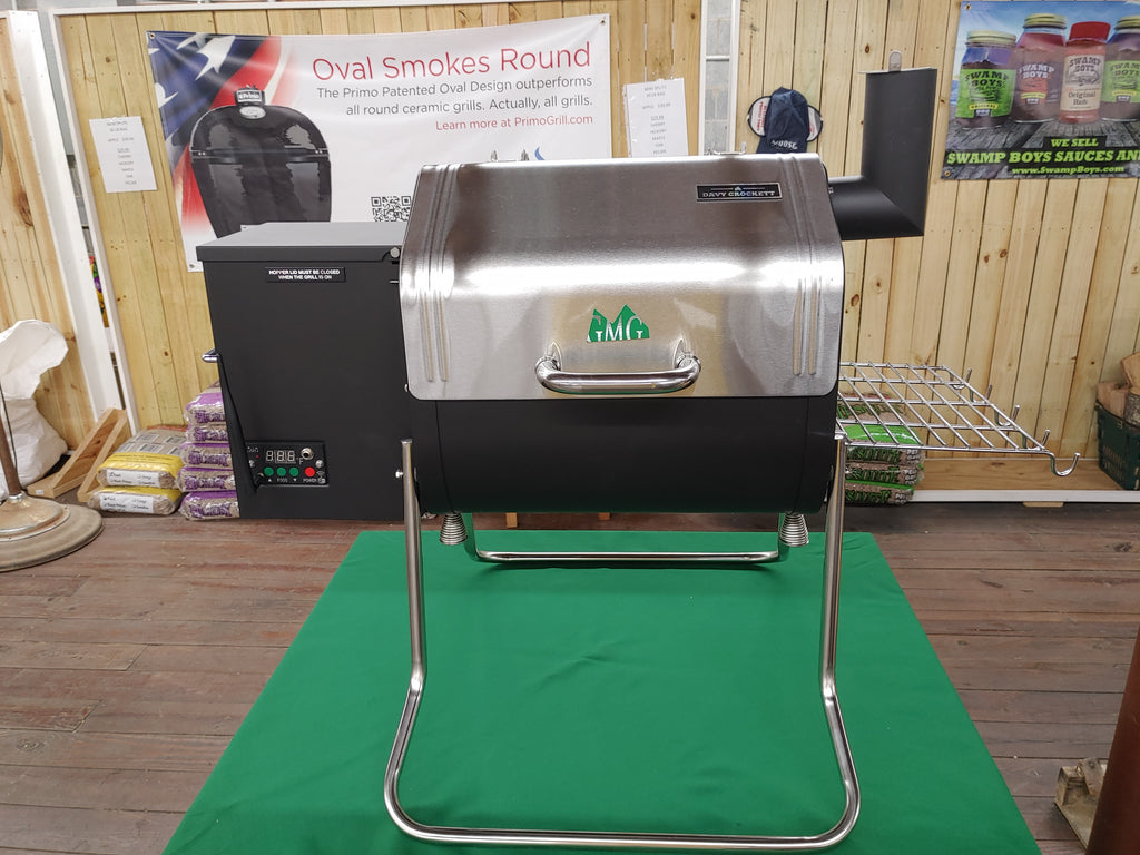"Green Mountain ""Davy Crockett"" Pellet Smoker"