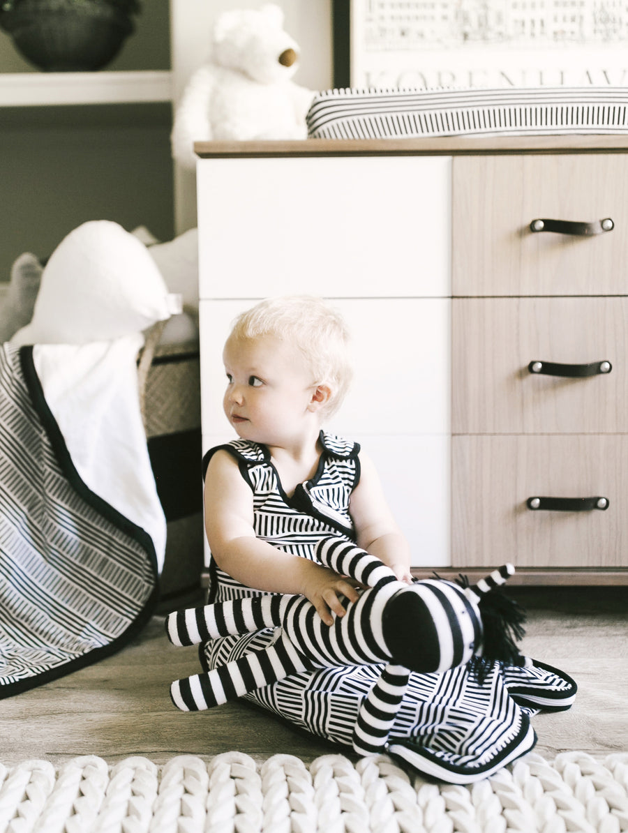 Wearable Blanket (Fits Ages 3 to 36 Months) - Black + White