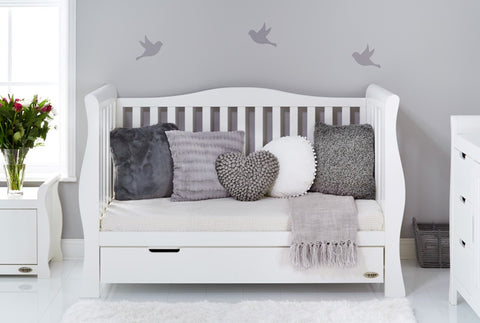 Obaby stamford luxe sleigh cot bed