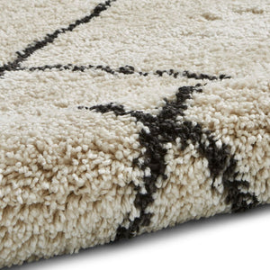 Think Rugs Atlas 01678 - Cream/Black