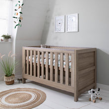 Load image into Gallery viewer, Tutti Bambini Modena 3 in 1 Cot Bed - Oak