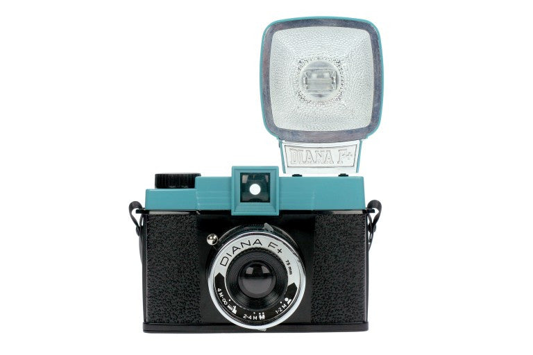 lomo diana f camera and flash