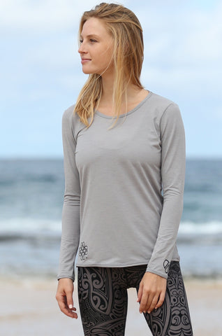 Women's TECH Long Sleeve Shirt- grey