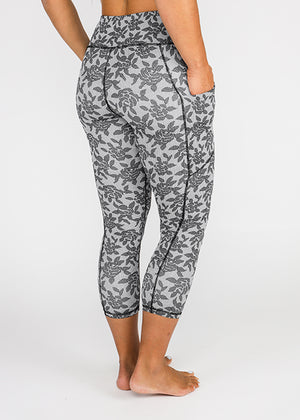 "Black Rose Capri 21"" - [Luxe Fabric]"