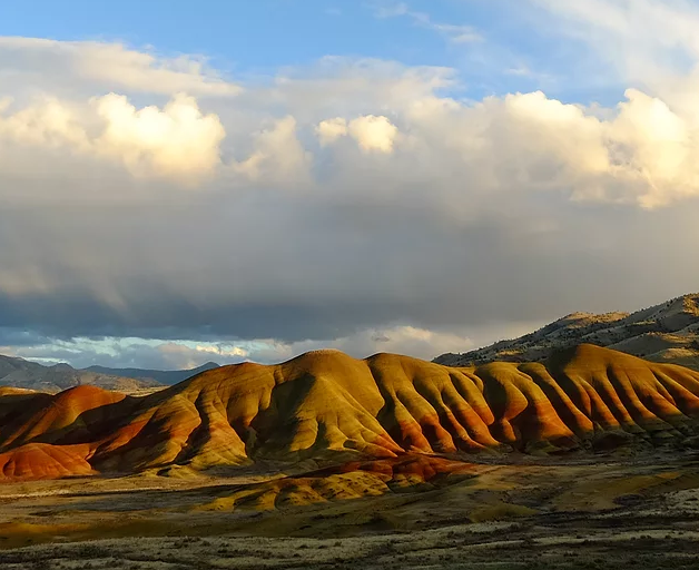 Painted Hills, OR: Hiking and Fossil Adventure - Summer Camp Style - November 16-18, 2017