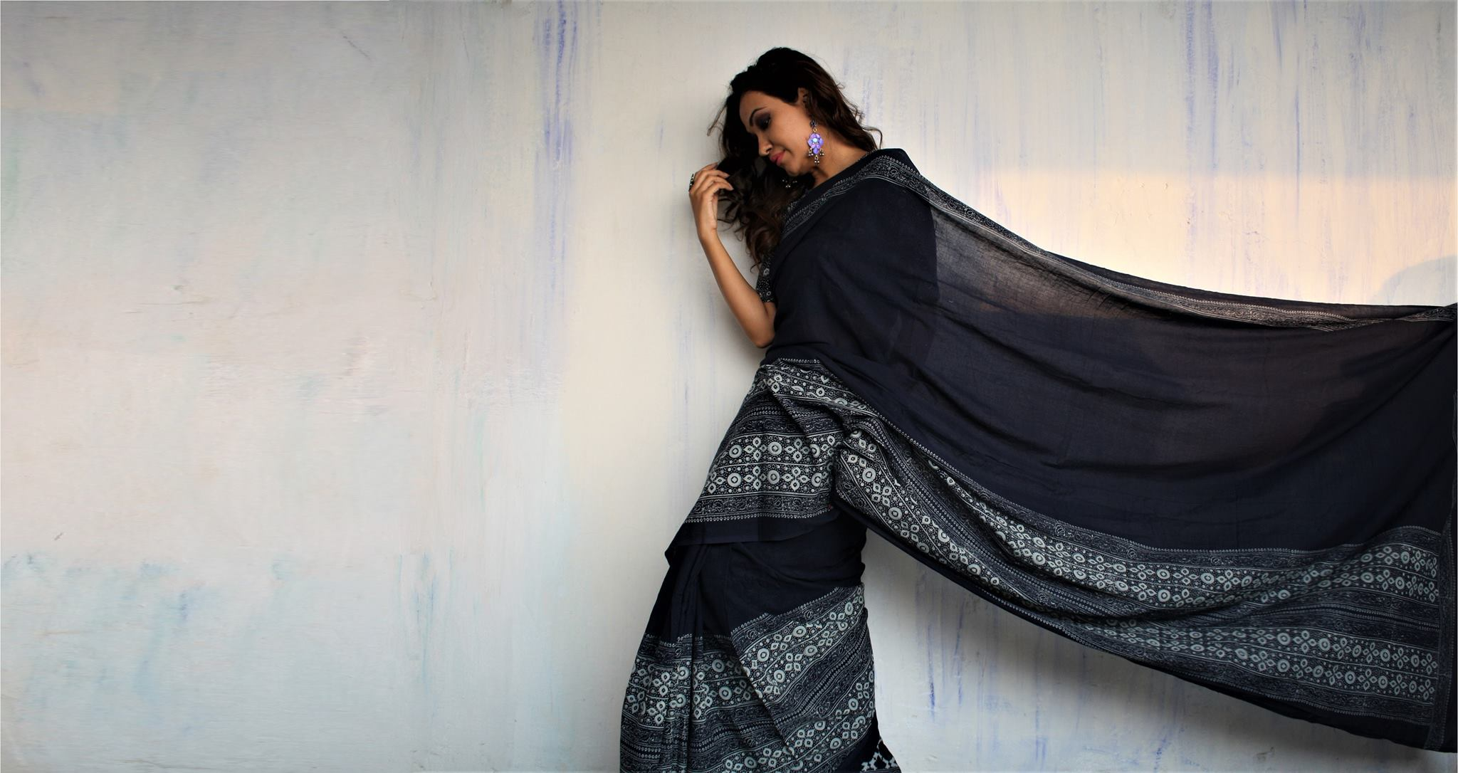 5 Traditional Saree-Draping Styles From India