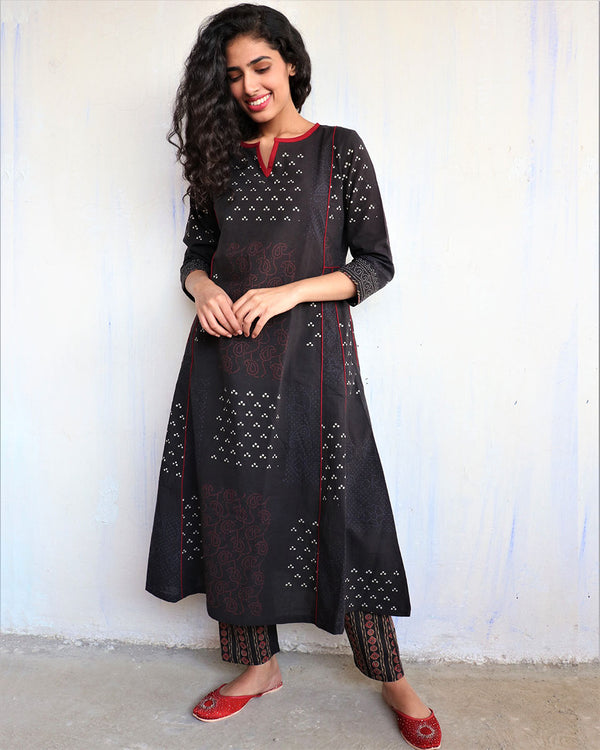 Black Handprinted Pure Cotton Kurti Set of 2