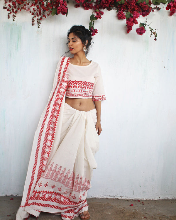 Ivory Red Block Printed Cotton Mul Saree