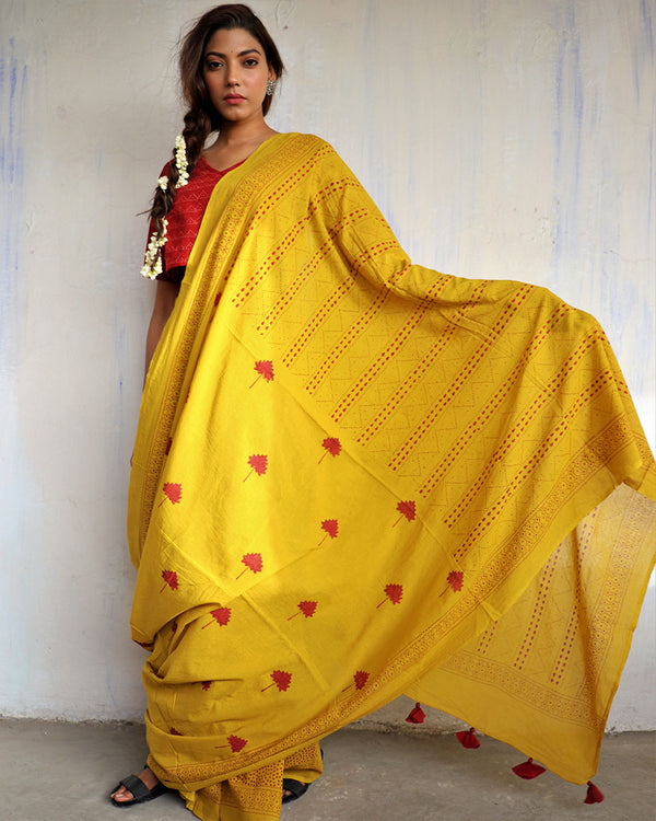 Yellow blockprinted cotton mul saree - GOD