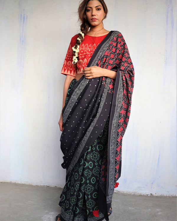 Black blockprinted cotton mul saree - GOD