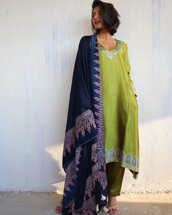 BLUE BLOCKPRINTED MODAL SILK DUPATTA