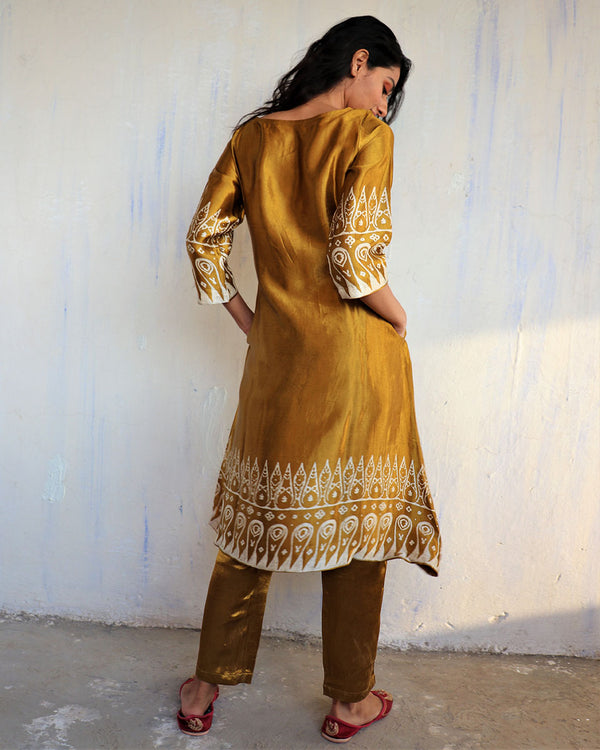 MUSTARD BLACKPRINTED MASHRU KURTI SET OF 2